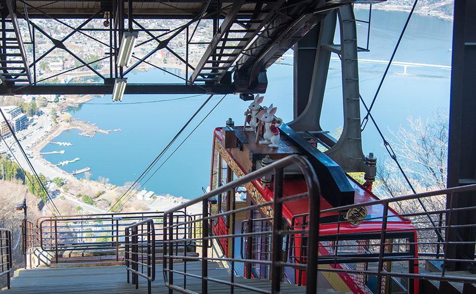 Kachi Kachi山纜車(河口湖天上山公園)