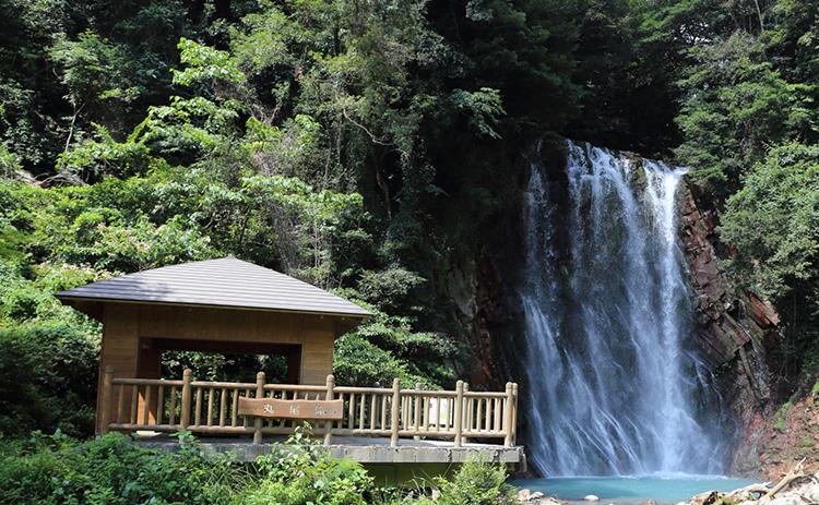Maruonotaki Falls