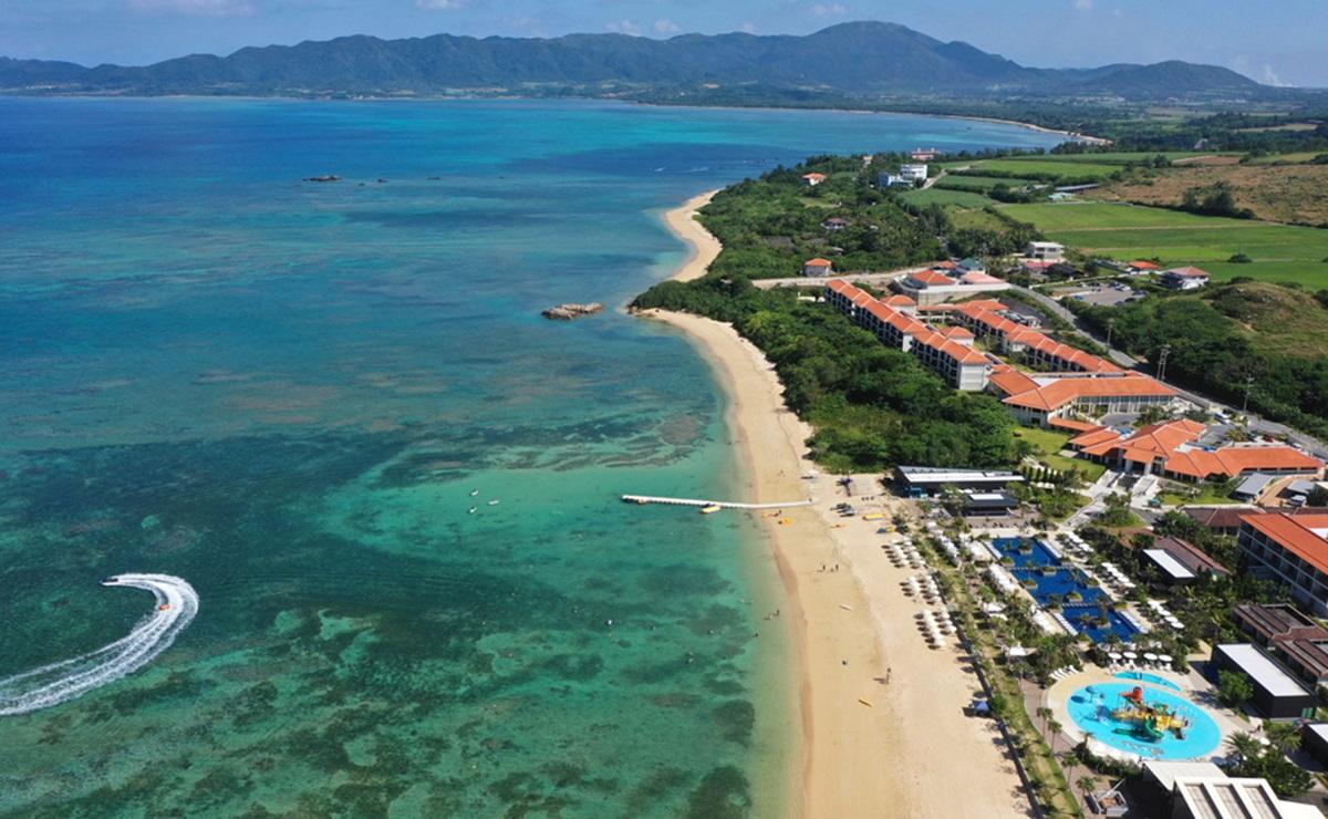 FUSAKI BEACH RESORT HOTEL&VILLAS 1