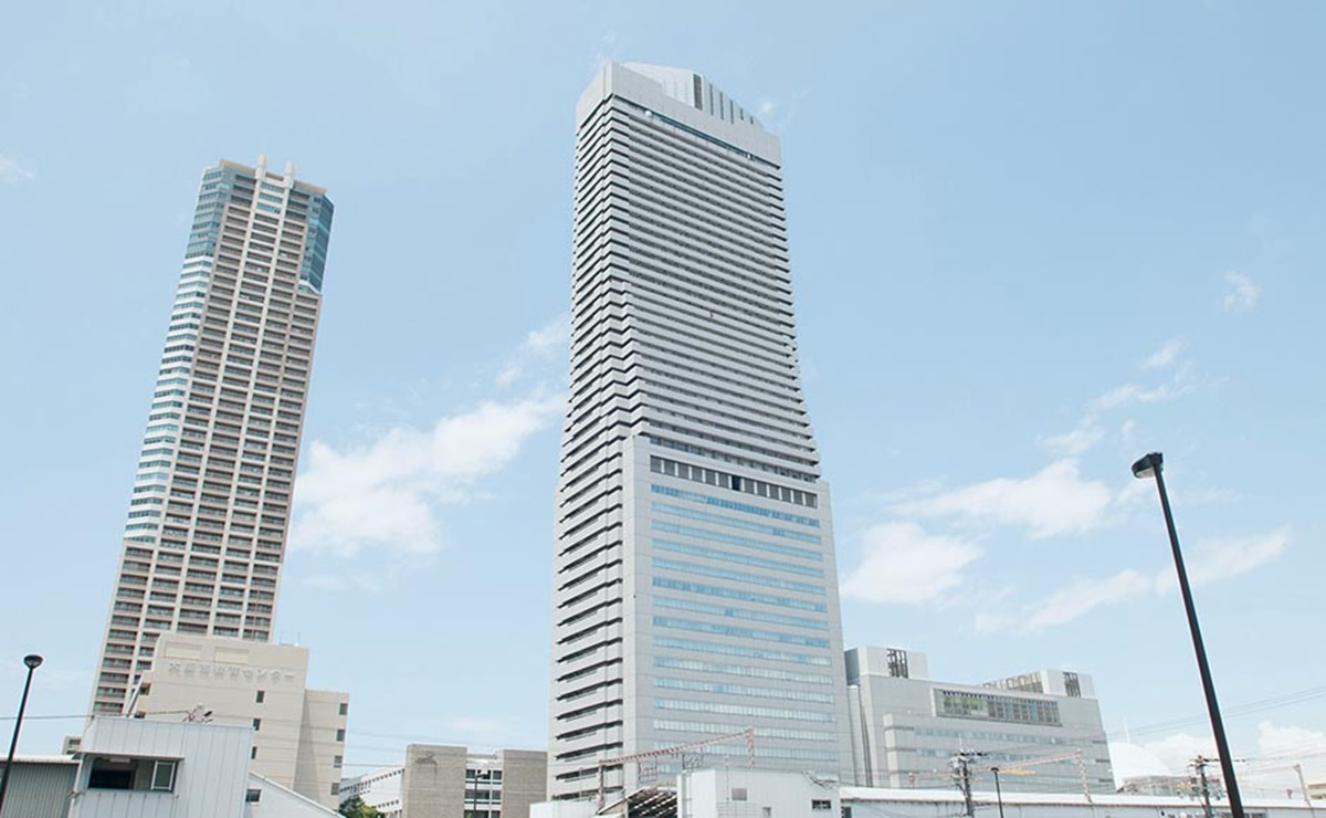 Art Hotel Osaka Bay Tower 1